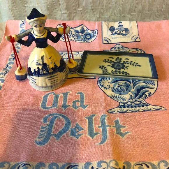 Old Delft bundle;linen, trinket dish & maiden bell